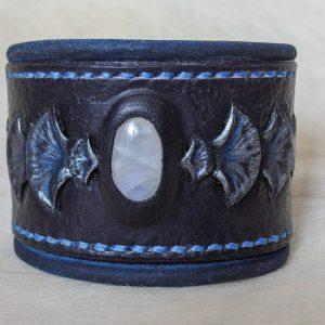 Bracelet cuir écailleux noir clair de lune